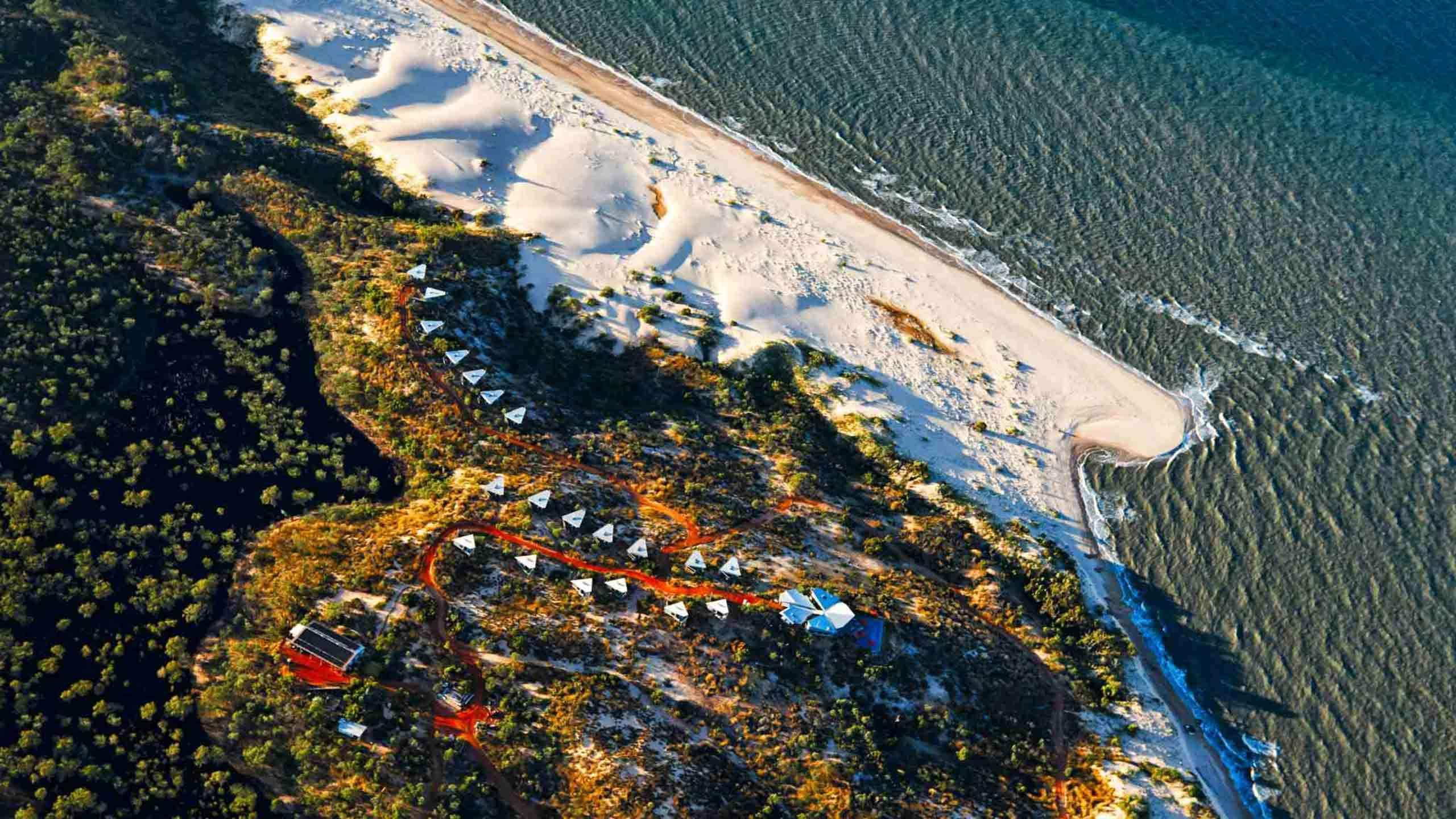 The Ultimate Luxury Far North Kimberley Coast Cruise & Walk 6D5N + Berkeley River Lodge