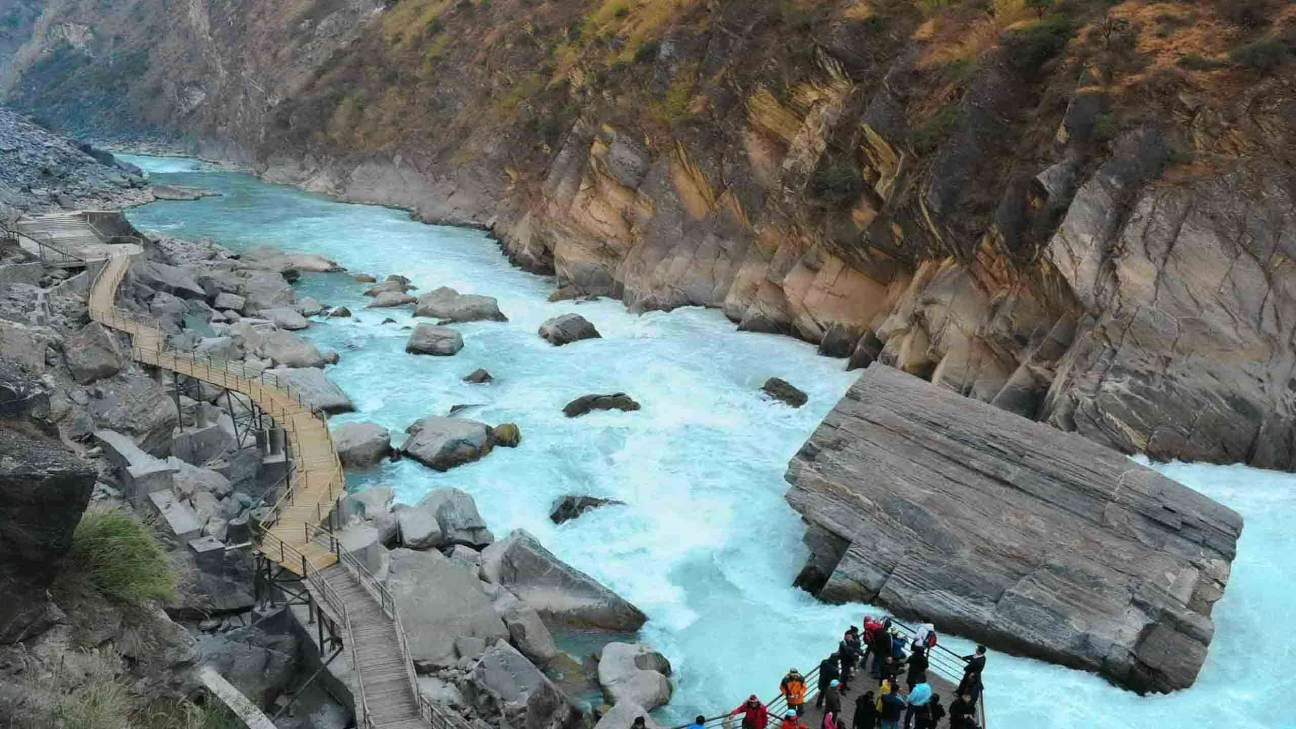 The Classic Tiger Leaping Gorge Trekking Adventure 6D5N, Fully Guided