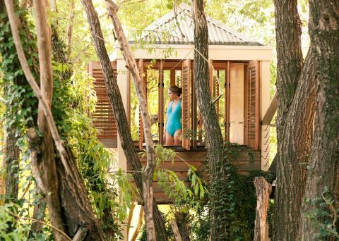 lake-house-melbourne-australia-luxury-accommodation
