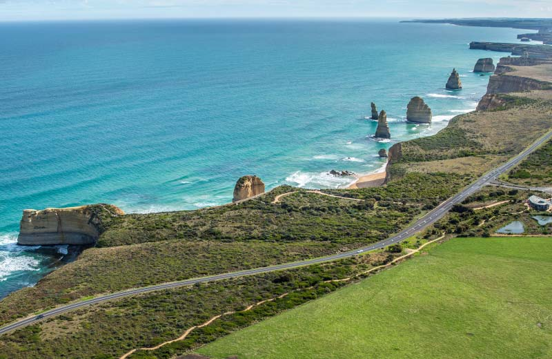 great-ocean-road-things-to-do-tour-guide-accommodation