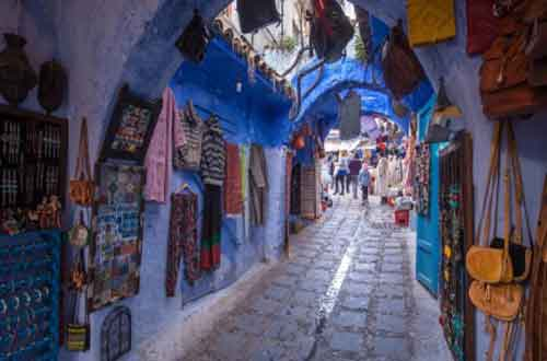 luxury-morocco-travel-fez-winding-street