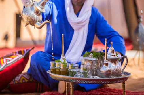 luxury-morocco-travel-luxury-desert-camp-tea-ceremony