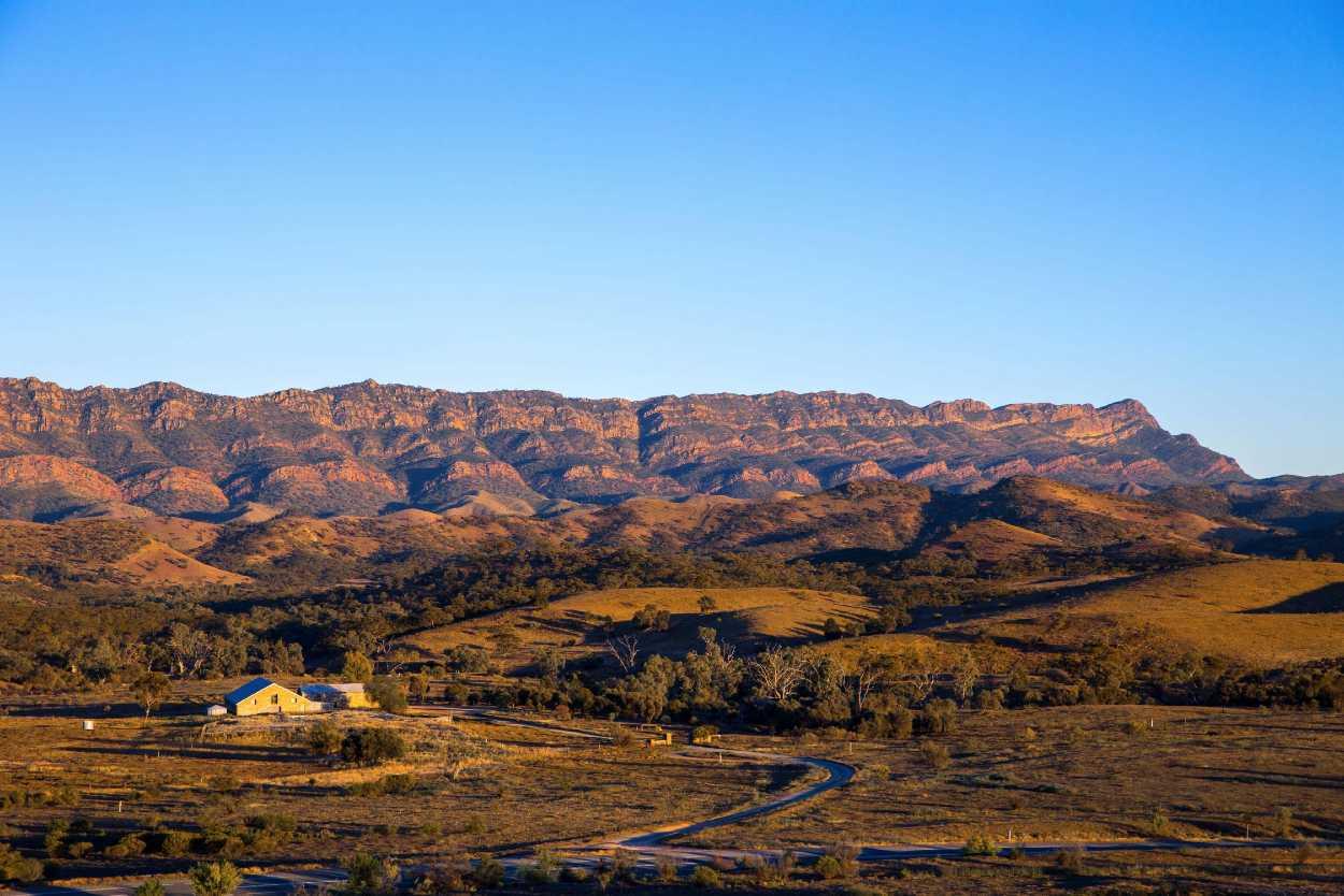 Flinders Ranges Luxury Outback Walk Homestead