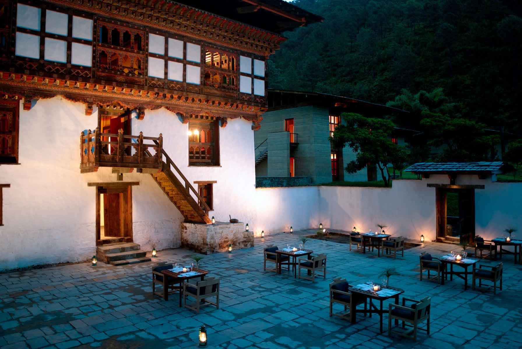 Amankora Punakha Courtyard Dining