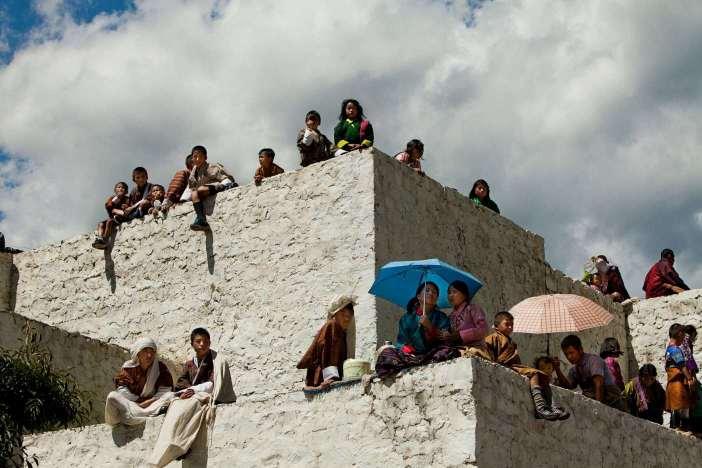 Bhuthan Thimphu Festival Spectators