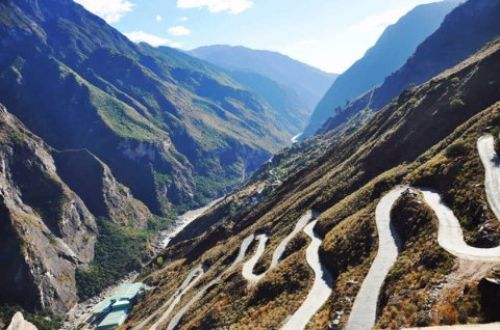 tiger-leaping-gorge-28-bends-china-hiking-tour