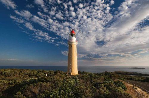Kangaroo-Island-Wilderness-Trail-Walking-Cape-du-Couedic-Lighthouse