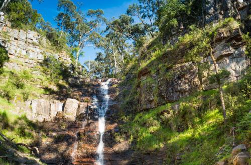 Grampians-Peak-Trail-waterfall