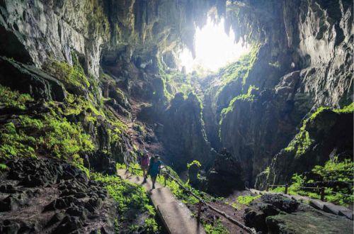 cave-trekking-indonesia-bali