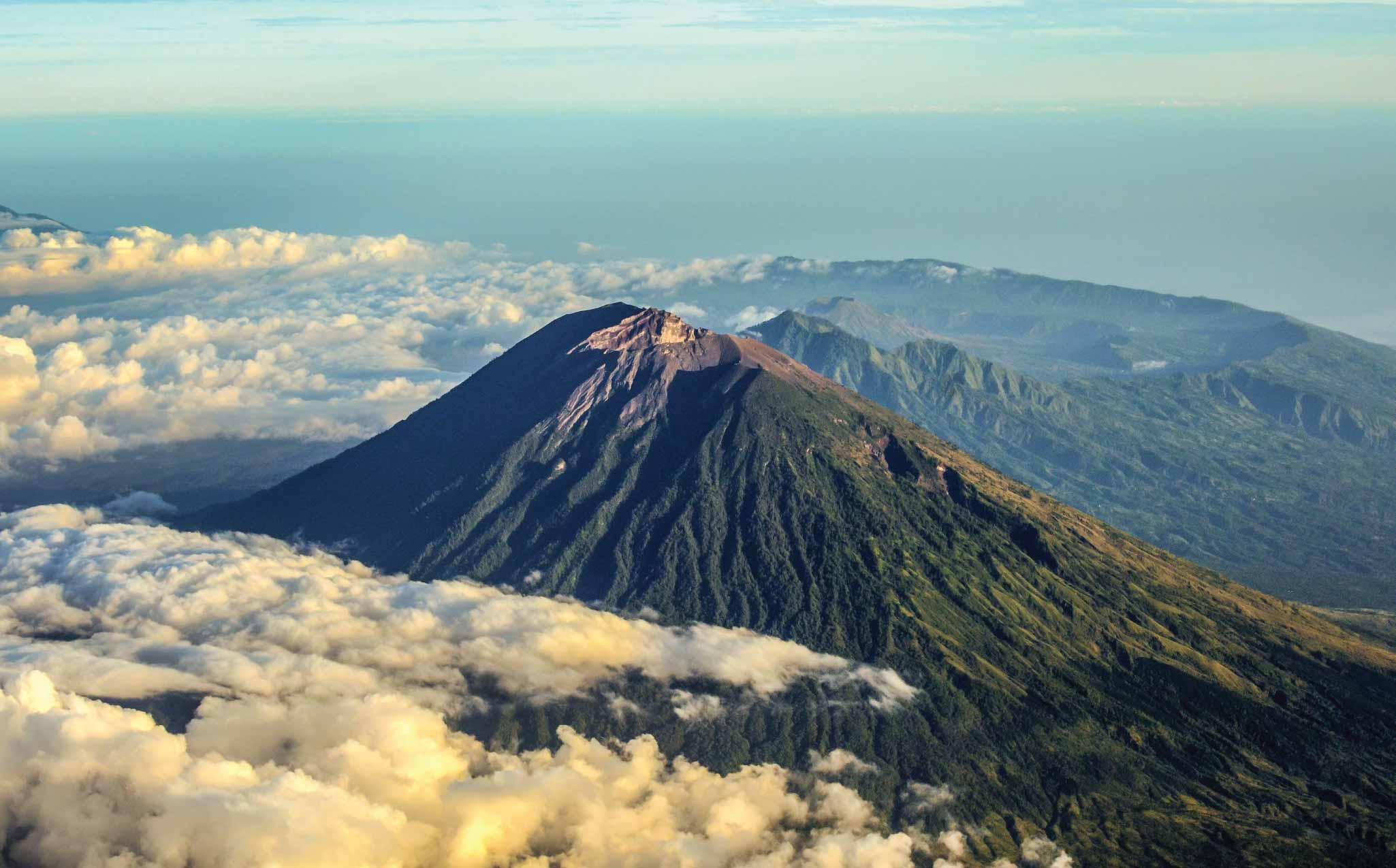 Amankila East Bali Trekking Mount Agung