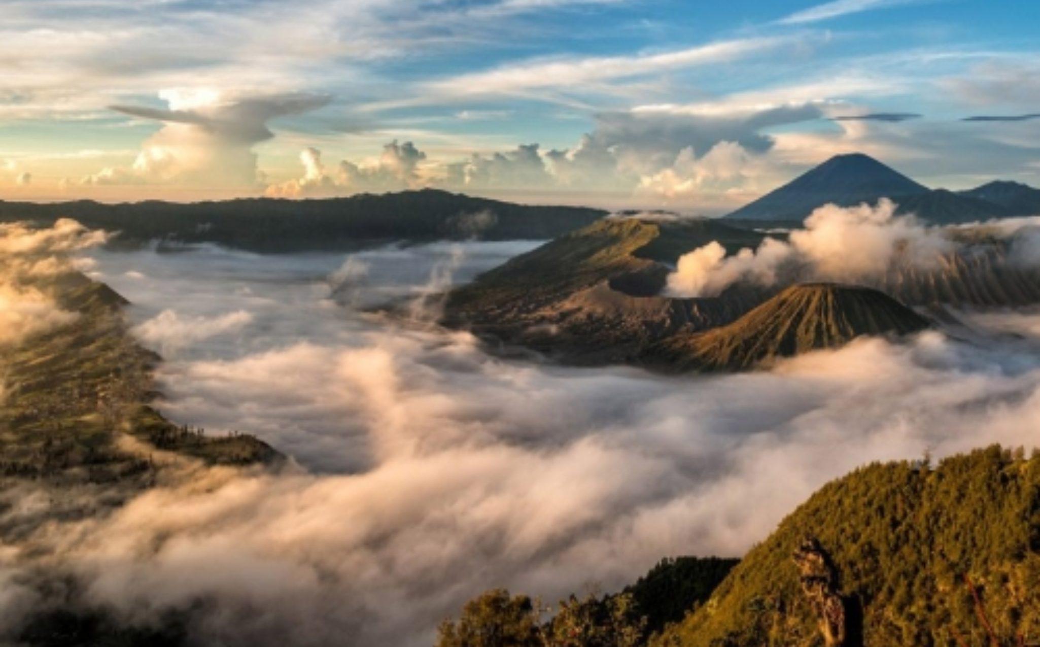 Mt Bromo Adventure Sunrise