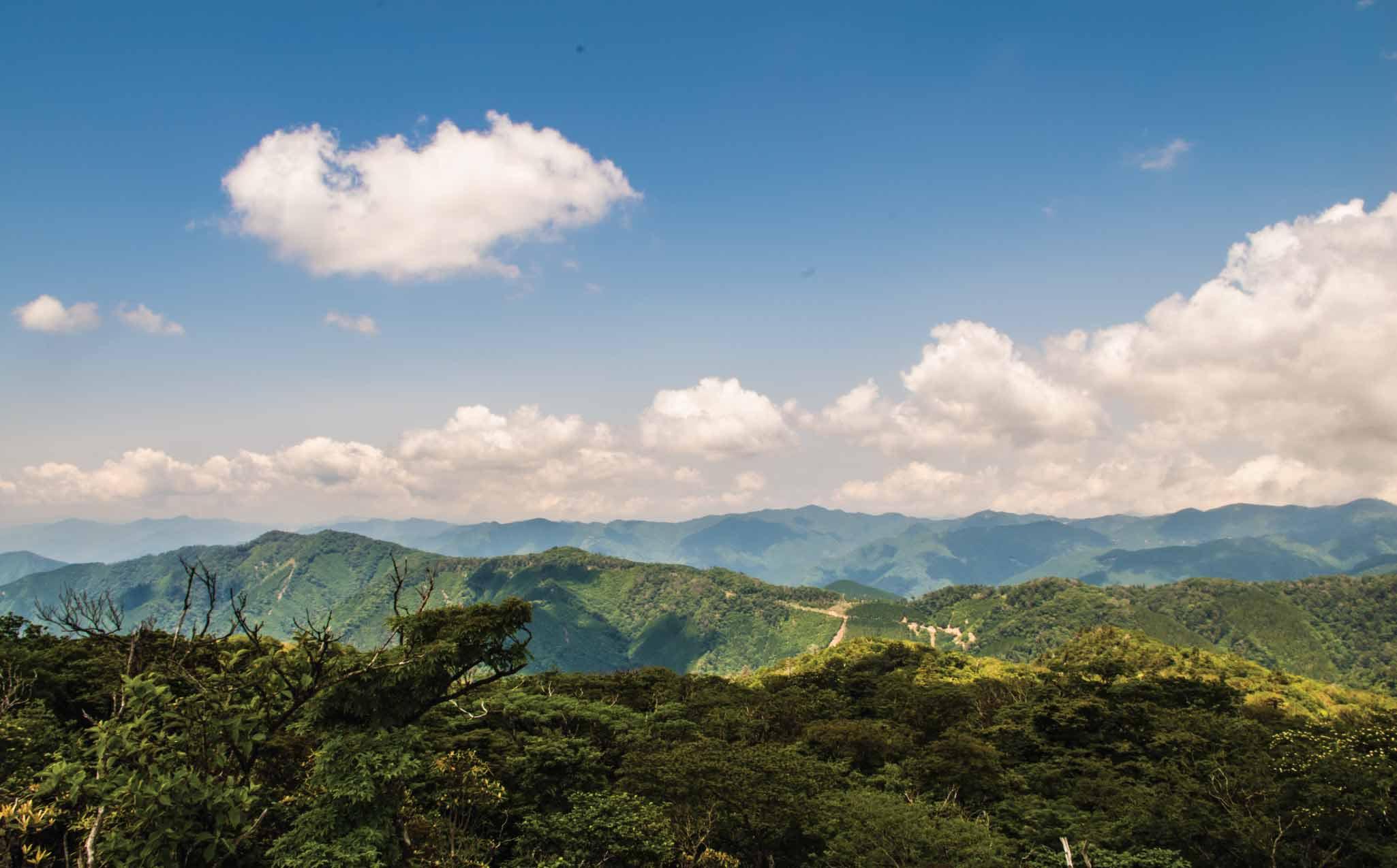 Gokanosho Mountain Trekking
