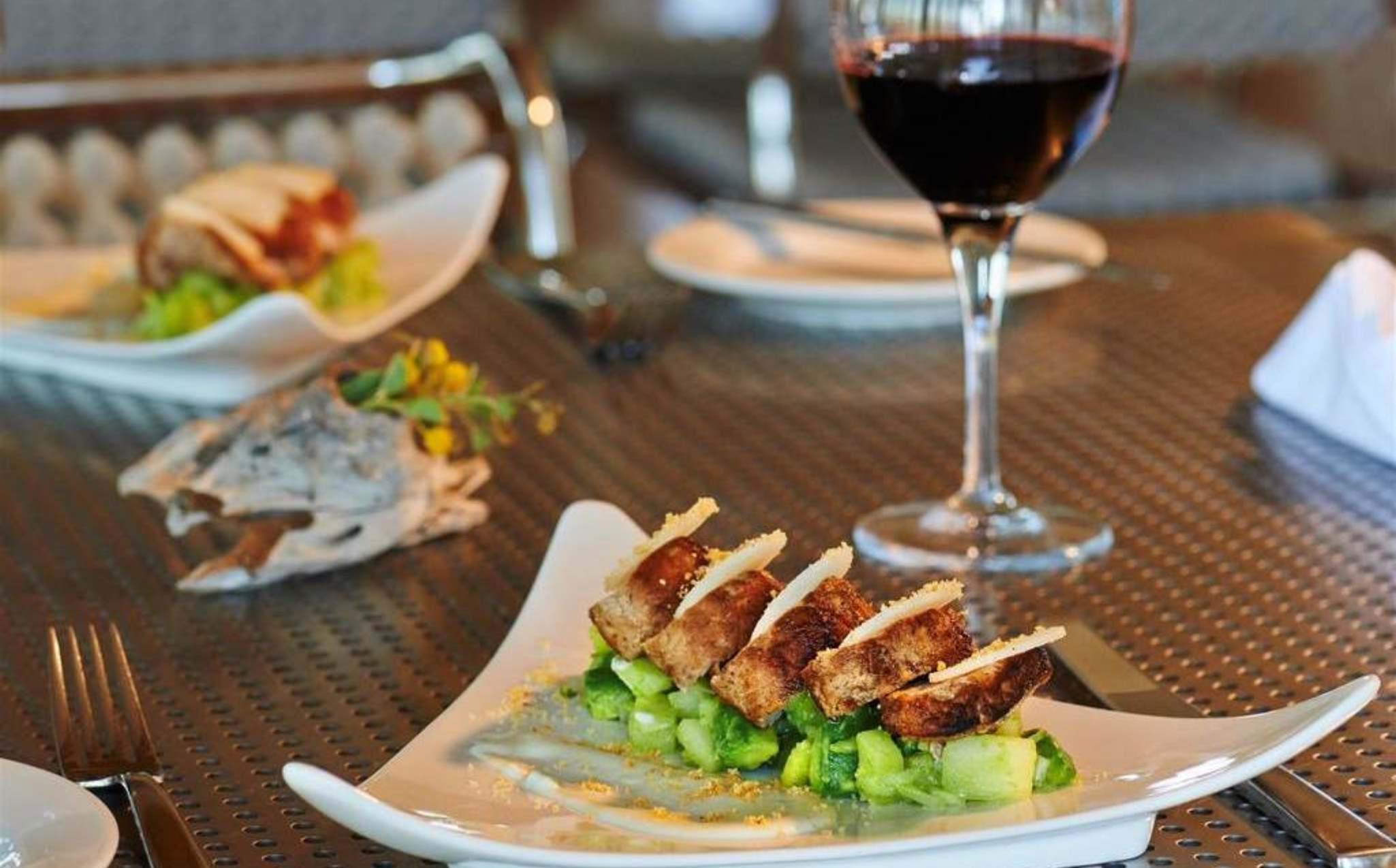Berkeley River Lodge Dining