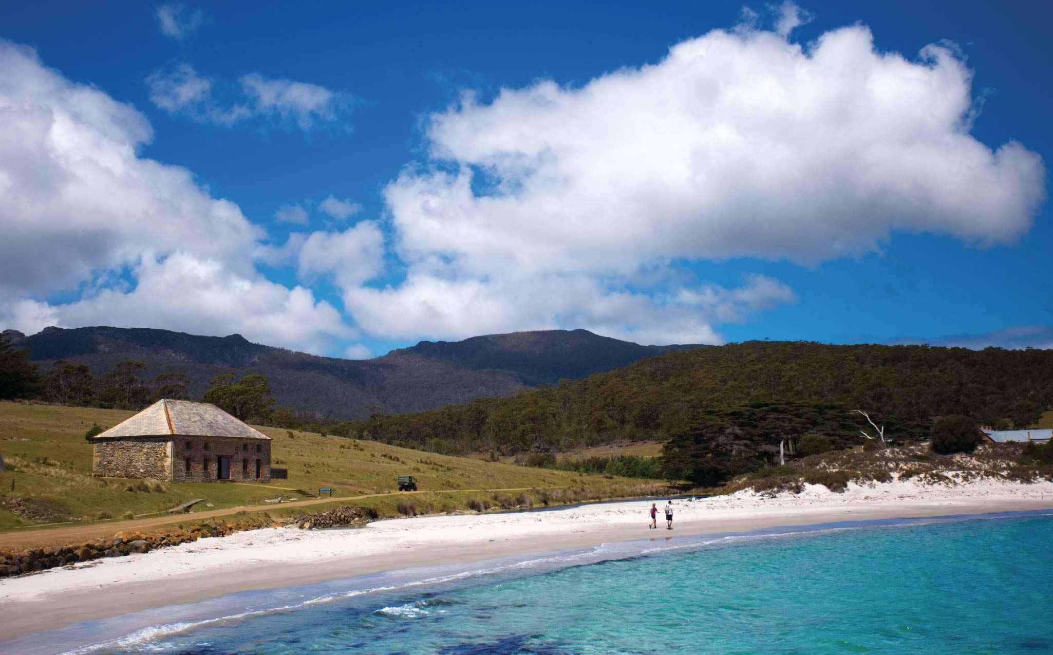 maria-island-luxury-travel-walks