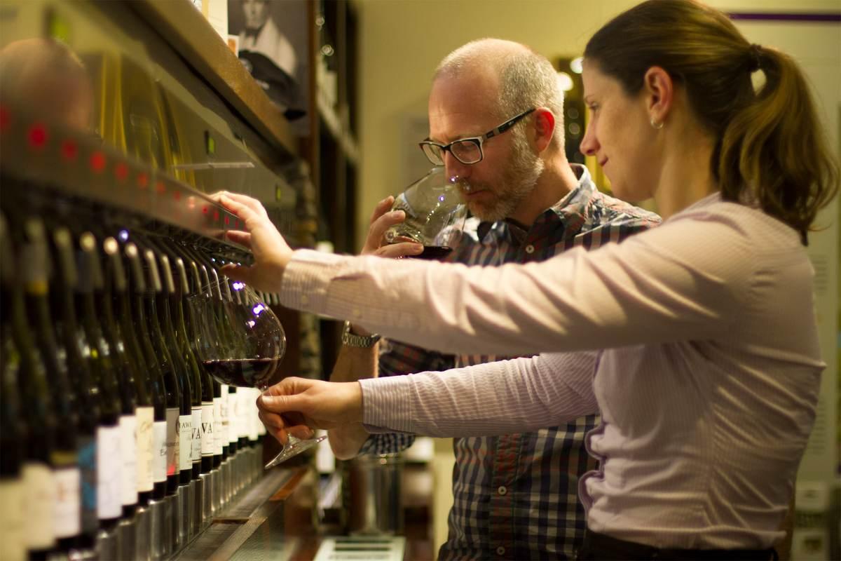 South Island New Zealand Queenstown Wine Tasting