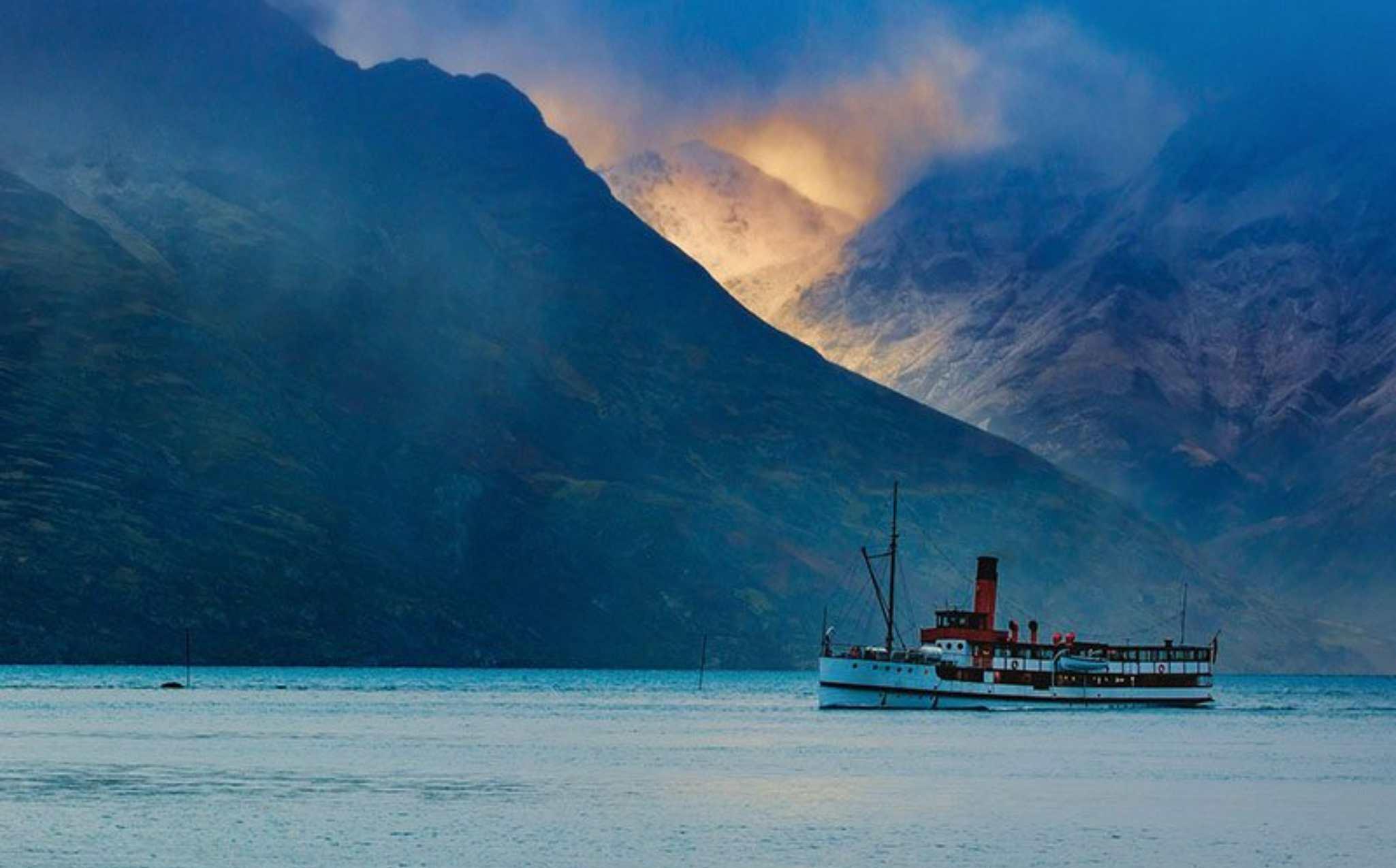 New Zealand TSS Earnslaw Cruise
