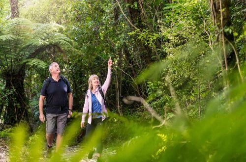 queen-charlotte-walk-couple- walking on track